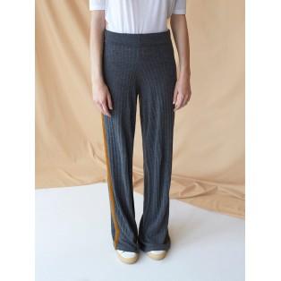 Pantalón canalé de lana gris oscuro Intropia