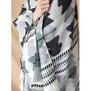 Poncho bordado de algodón y lana Gris Intropia