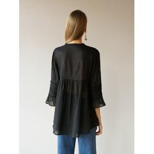Blusa Intropia encajes bordados y jaretas de algodón Negra