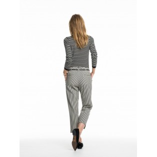 Pantalones con tapered fit Rayas